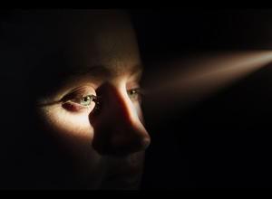 eyes in light