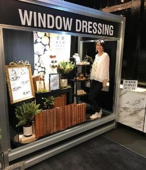 window dressing - O=MEGA