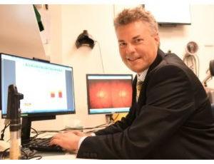 Researcher Jamie Craig - glaucoma test